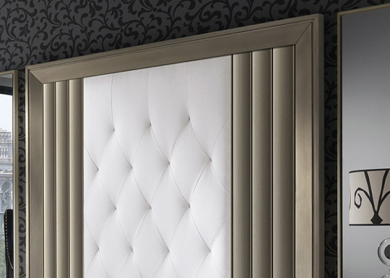 Lacquered and upholstered headboard. Mod. LOYRA CHAMPAGNE