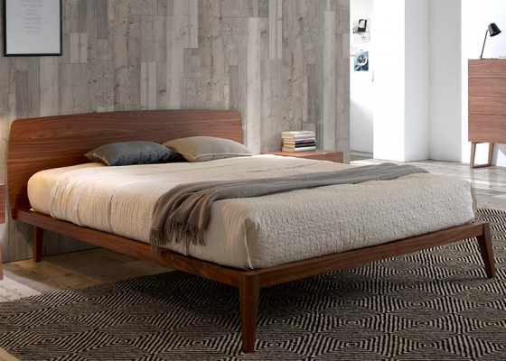 Complete bed in walnut. Mod. NOTTE