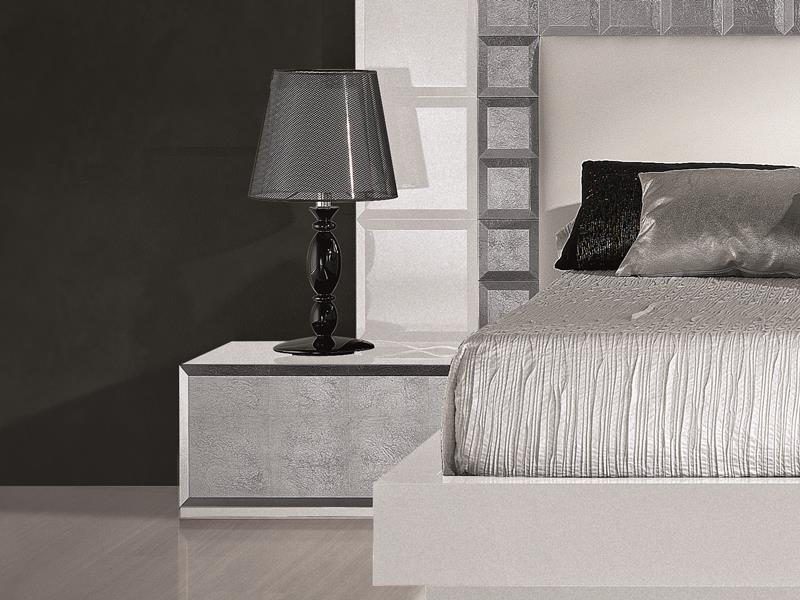 Lacquered bedside tables  with drawer. Mod: NATASSIA WHITE