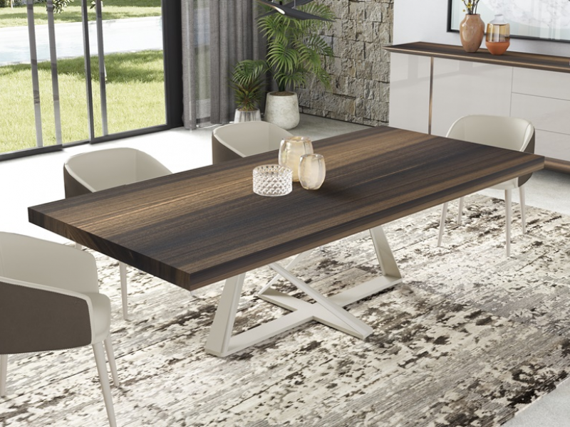 Dining table with fixed top and lacquered or stainless steel base. Mod. CROSED
