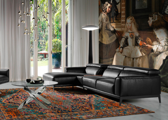 Leather sofa with chaise longue. Mod. STELLA-R NEGRO