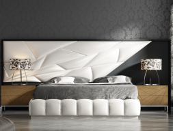Complete lacquered and upholstered bed. Mod. LINDE