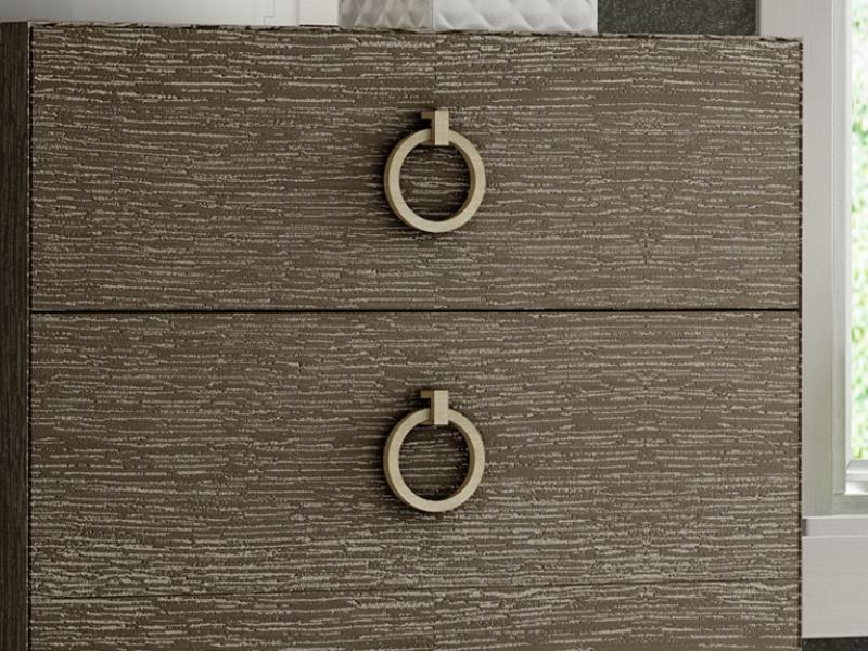 Oak chiffonier 4 drawers. Mod: SASHA