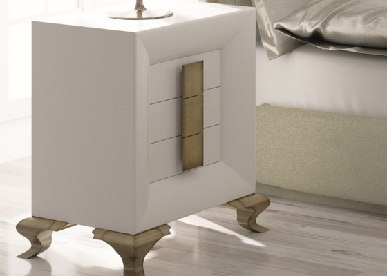 Lacquered bedside tables with chippendale legs. Mod. TABIA