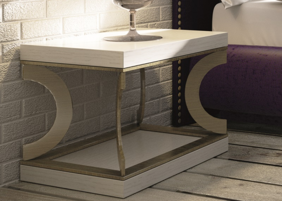 Oak bedside tables with metallic base. Mod. NUBIA