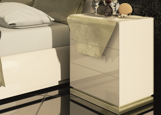 Lacquered bedside tables with baseboard. Mod. ANISA
