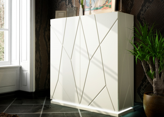 Design lacquered highboard. Mod. NAUGE