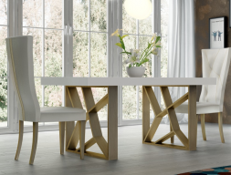 Extendable dining table with wood top. Mod. LINDE