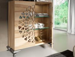 2-door oak dresser  with Chippendale legs and led lighting. Mod. NOEMI
