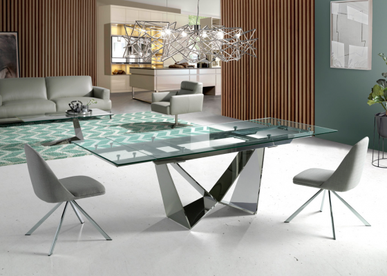 Extensible dining table. Mod. HERMES