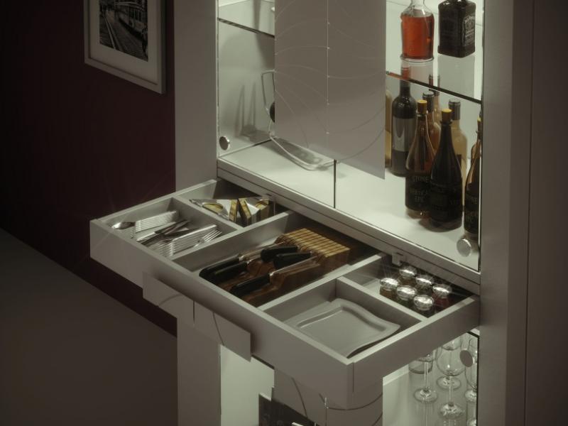 Showcase with glass doors and led light. Mod. MERLOT