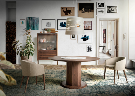 Round dining table with dumb waiter. Mod. CARLA
