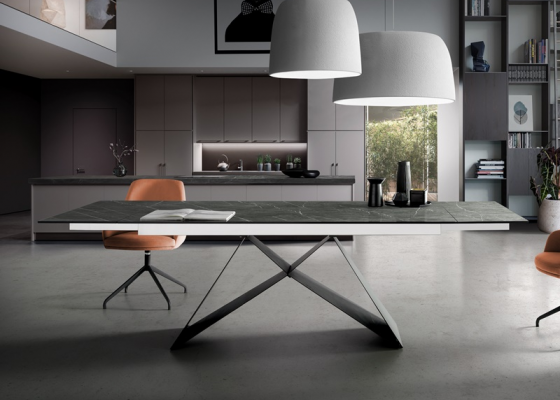 Extendable dining table with ceramic top. Mod. CERAMIC MOON