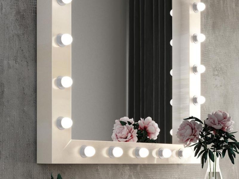 Mirror with led lighting.Mod: NACRE