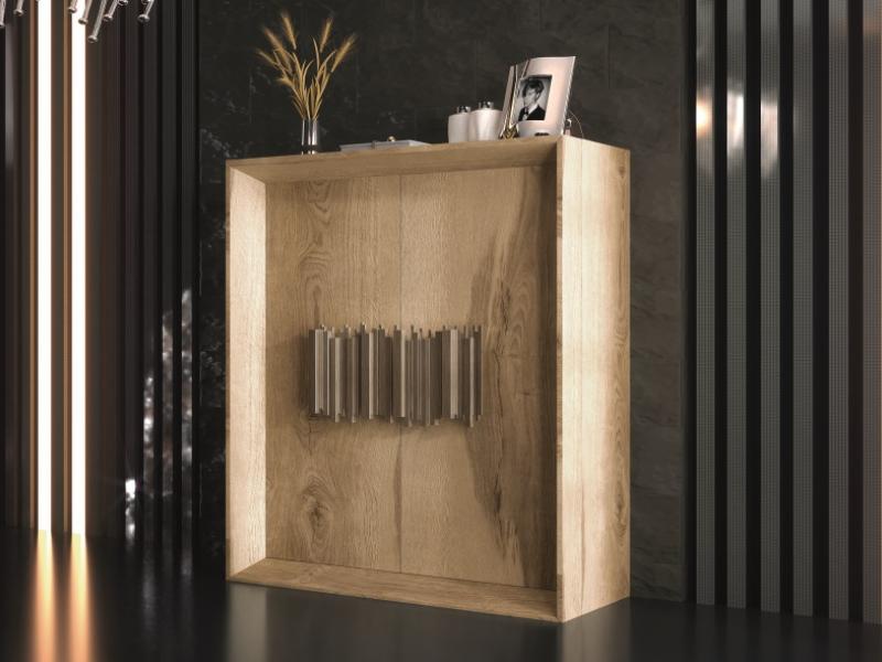 Showcase with 2 doors in oak.Mod: ANCONA