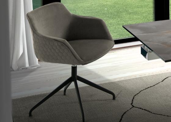 Set of 2 upholstered swivel chairs. Mod. ZARAH B