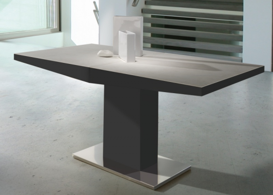 Extensible dining table. Mod. DORIAN CERAMICA LACADO