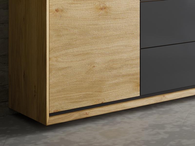 Oak wood sideboard with 2 doors and 3 drawers. Mod. JANKO