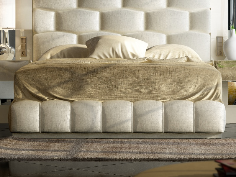 Complete upholstered and lacquered bed with side mirrors.Mod: JANAAN