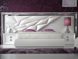 Complete lacquered and upholstered bed. Mod. MAAT