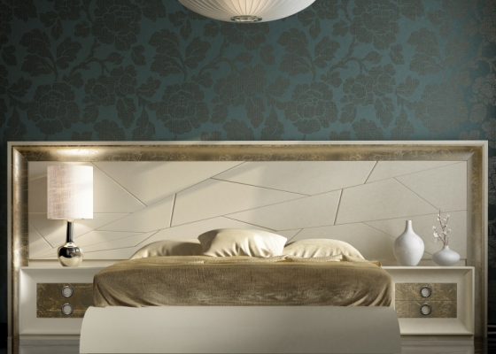 Lacquered complete bed. Mod. ANNIPE