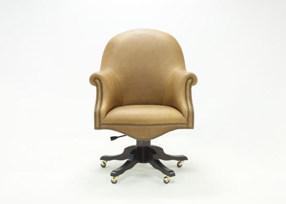 Swivel upholstered armchair in genuine leather. Mod. MAIRE