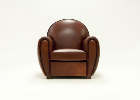 Genuine leather upholstered armchair. Mod. ROYAL