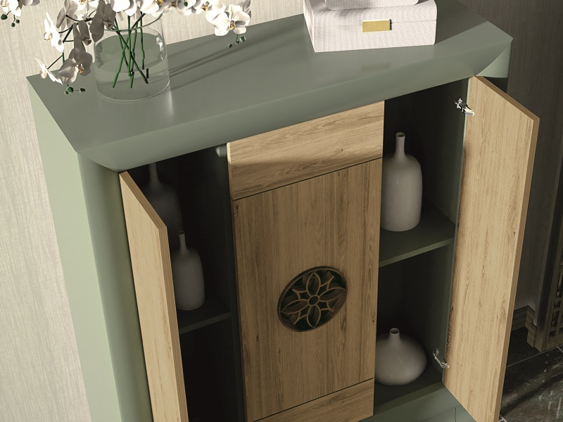 Lacquered showcase with doors and drawers in oak.Mod: RUSTIC
