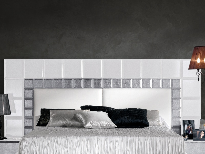 Lacquered complete bed. Mod. NATASSIA WHITE