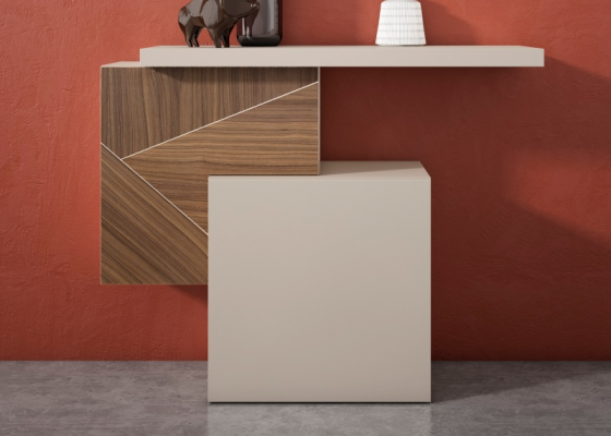 Lacquered console with American walnut front. Mod. CORALINE