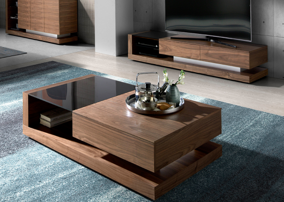 Walnut coffee table and black tinted glass.Mod: CASCAES