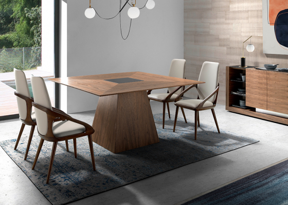 Square walnut dining table .Mod: CASCAES