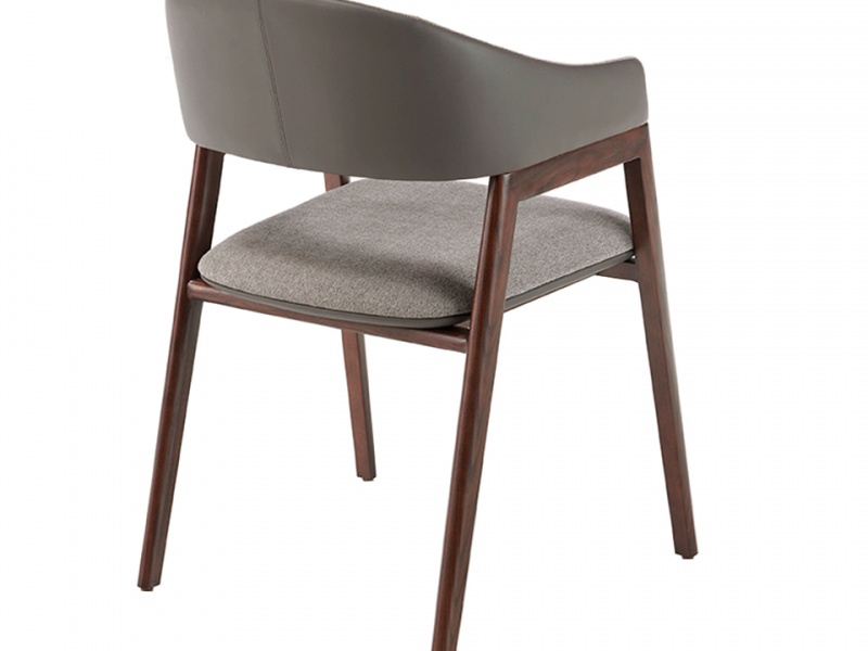 Upholstered chair. Mod. CARLA