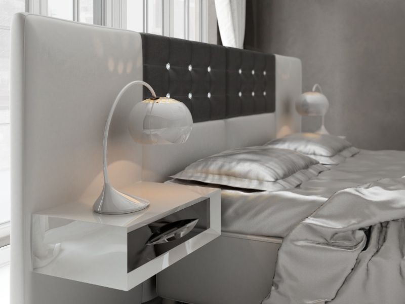 Upholstered large headboard and with 1-drawer lacquered bedside tables. Mod: ALEA
